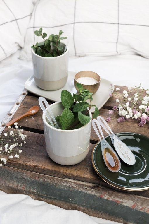 HoneySpoon met losse lepels en muntthee